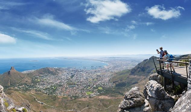 Ausblick vom Tafelberg in Capetown