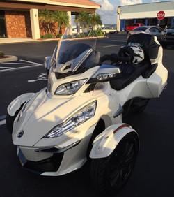 White Spyder