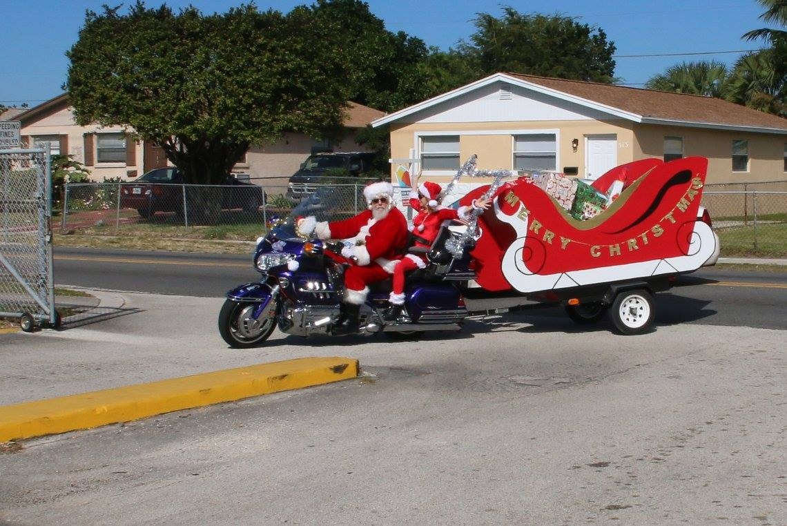 Santa & Mrs Claus on Bike