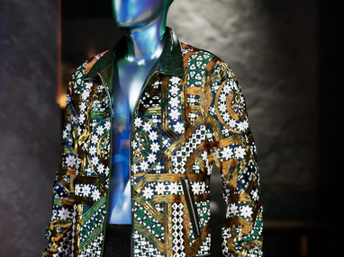 Dolce & Gabbana Breaks Fashion NFT records with $6mil Collection Sale