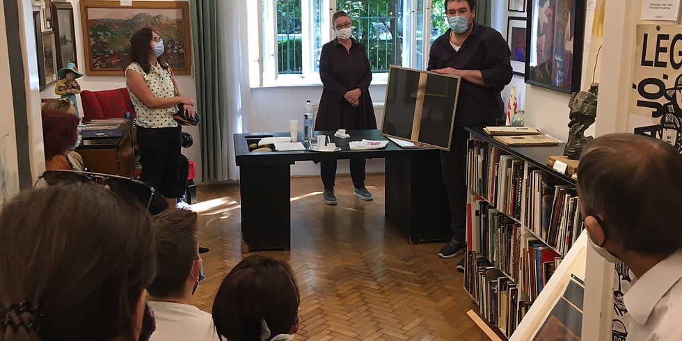 Tárlatvezetés a 94. aukciós kiállításon