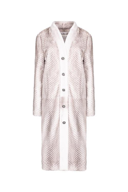 Пальто из цельной и перфорированной норки