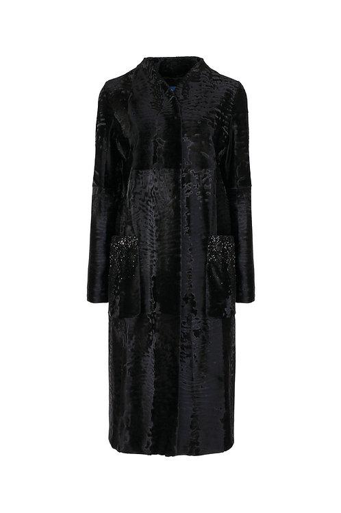 Пальто из Swakara и вышивкой