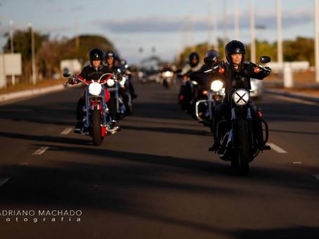 Comboio de moto: como rodar em grupo com segurança