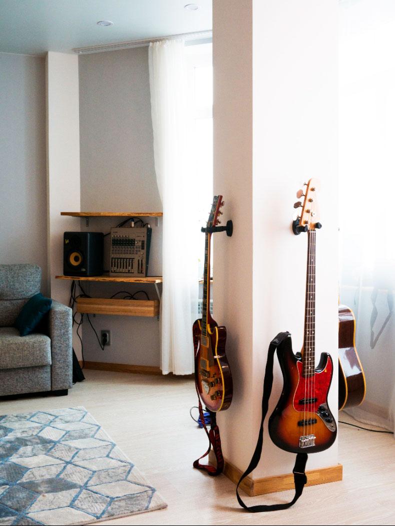 Интерьер_дизайнер_гитары_студия_квартира