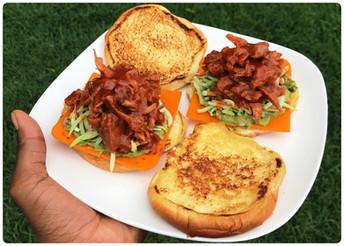 Upton's BBQ Jackfruit Sandwich 🚫🐷