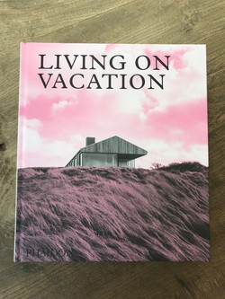 Living on Vacation 1 - 1