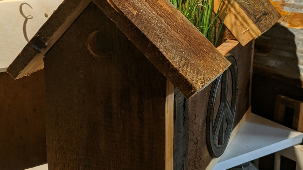 Double Bird House with Planter