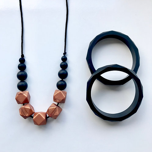 Freya - Bronze & Black
