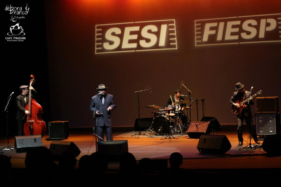Paulo Gazela Blues Band no SESI.jpg
