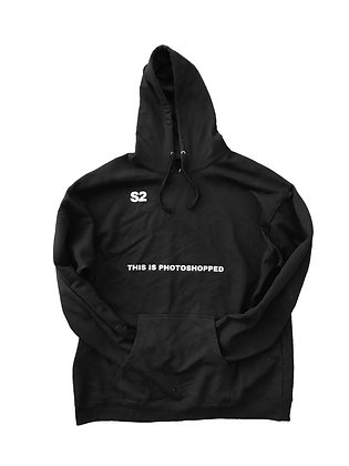 "S2 ""This Is Photoshopped Oversize Pullover (BLK)"