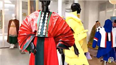 32 Выставка театра моды Феникс в Триумф Молле.jpg