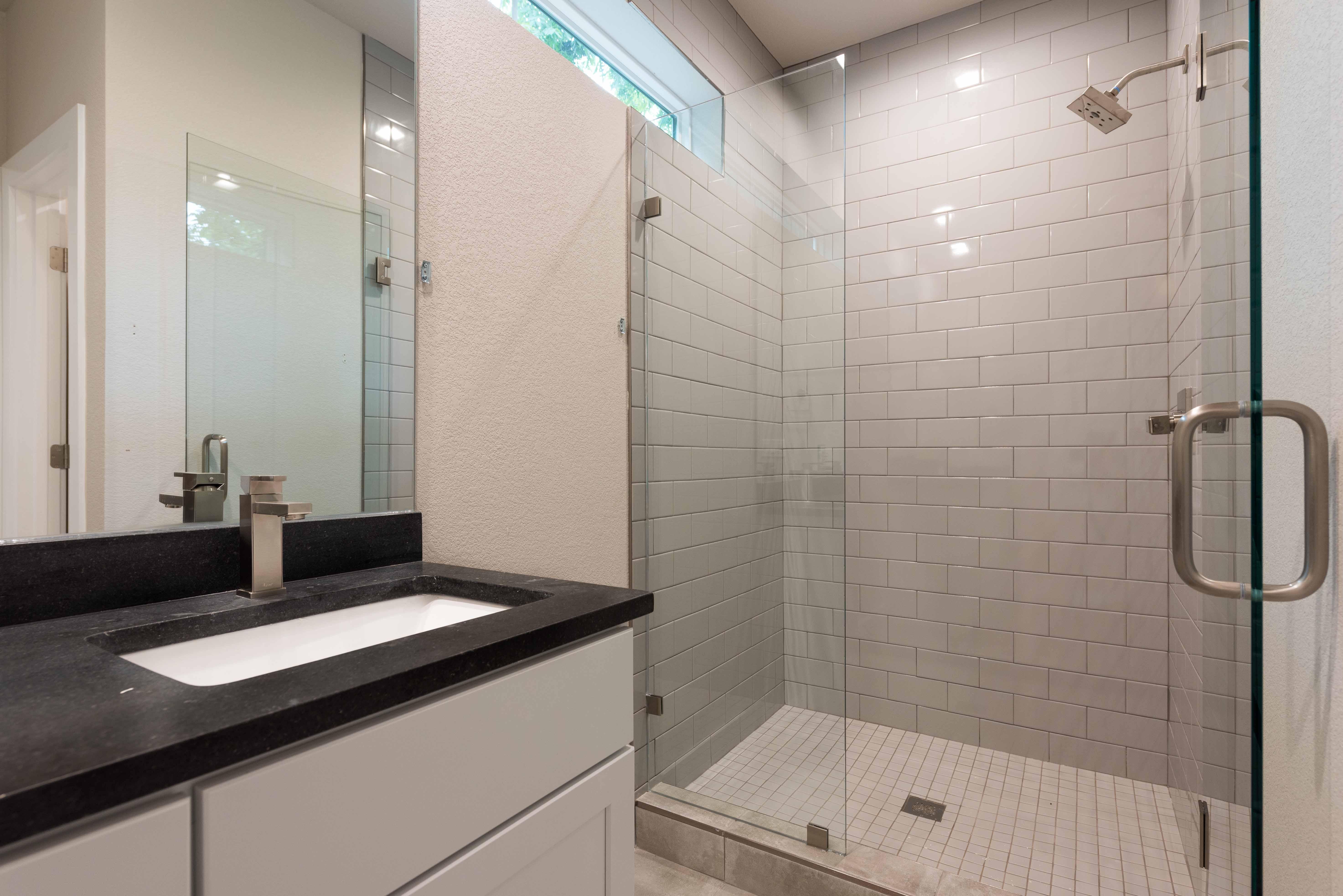 Ave H Bath