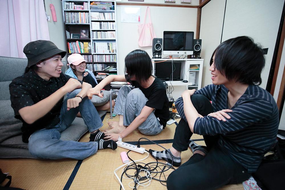 GOMESS BAND 2(撮影:高木あつ子)