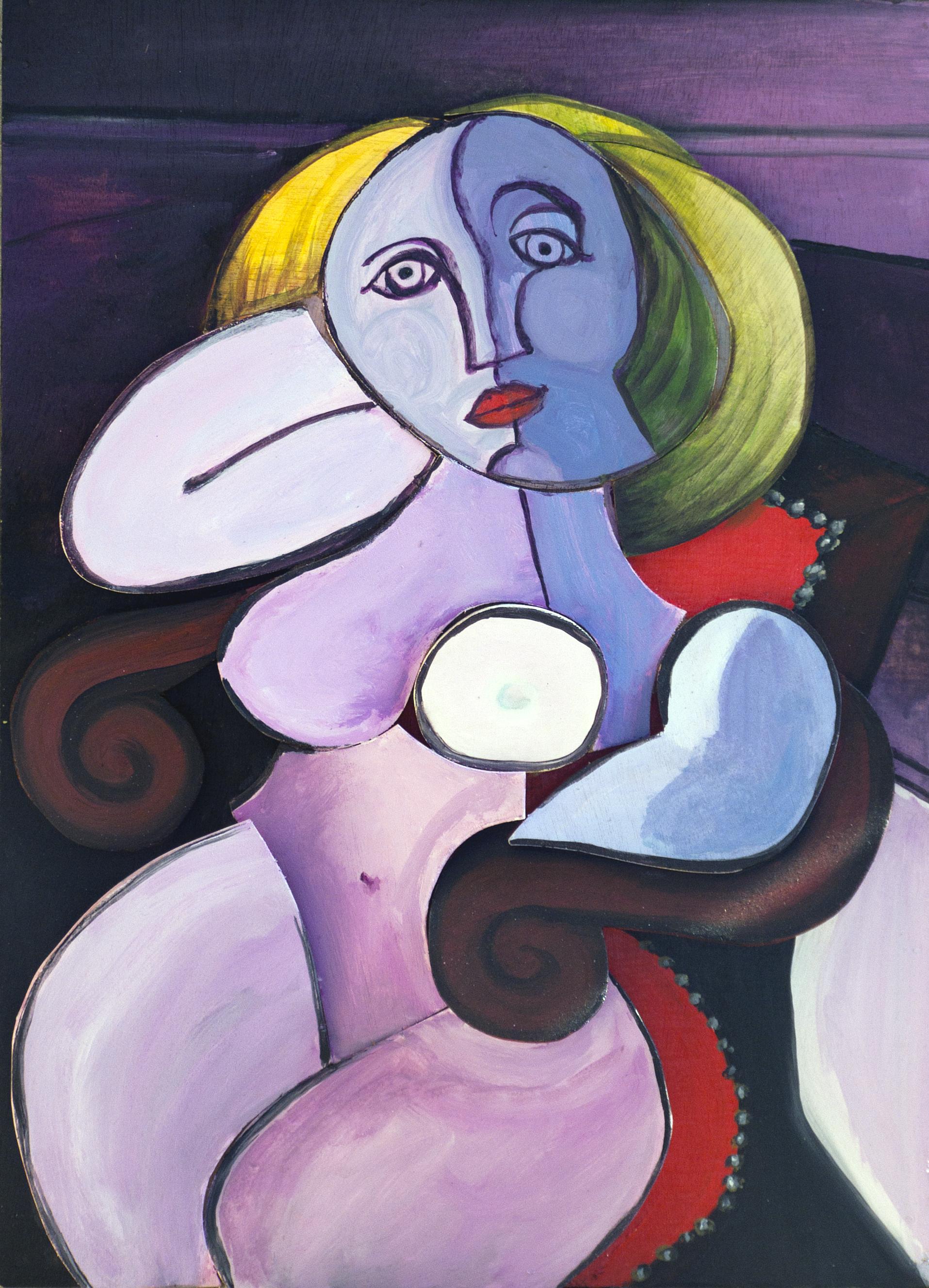 אומנות בעץ | אשה יושבת