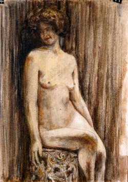 אישה יושבת
