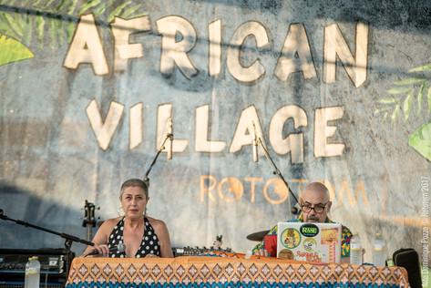 SUN17_0813_CULTURA_AFRICAN VILLAGE_MUJERES Y ACTIVISMO IN AFRICA_DP_003.jpg