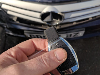 Mercedes Benz lost keys in Brighton.