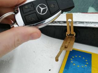 Keys locked in boot?