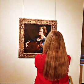 Laura meets Artemisia.png