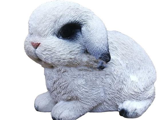 Фигурка зайчонок белый