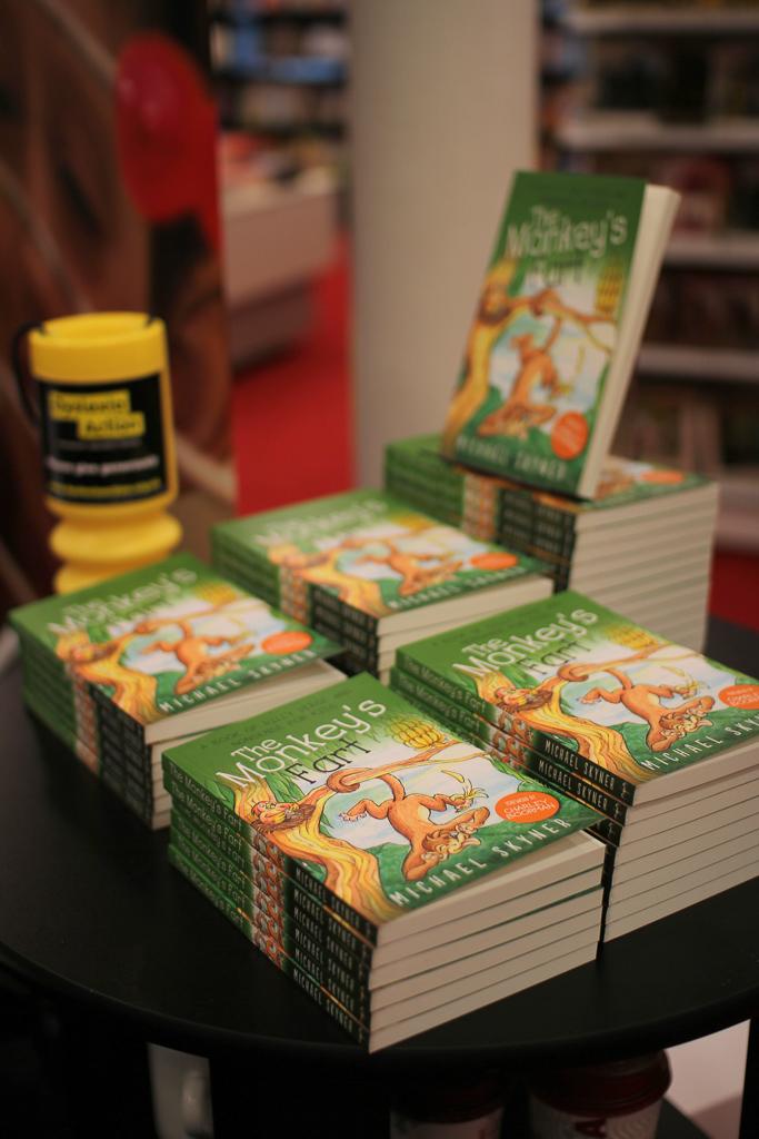 Promo Books Monkeys Fart