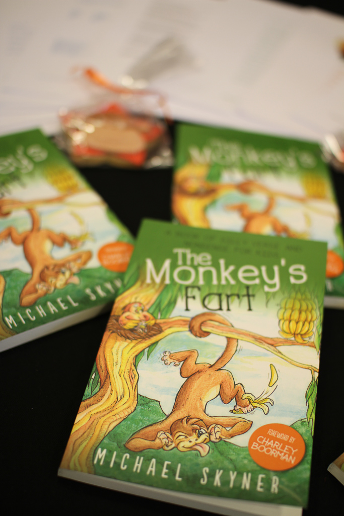 Promo Books Monkeys Fart