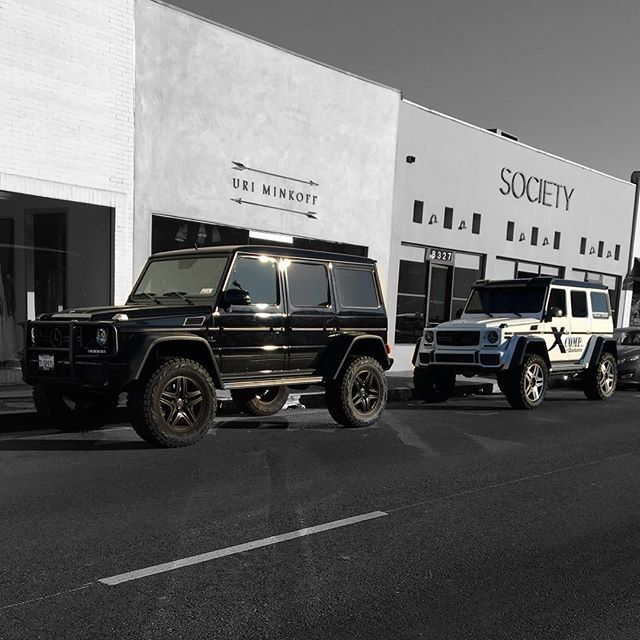 So many 4x4 squared Mercs in LA