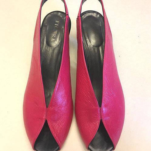 נעלי שאנל ורוד פוקסיה