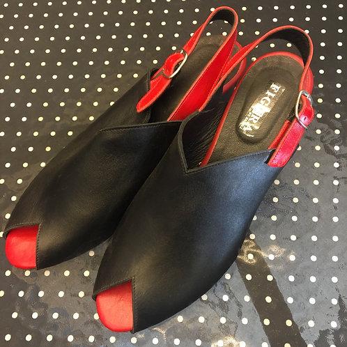 נעלי אנה שחור בשילוב אדום