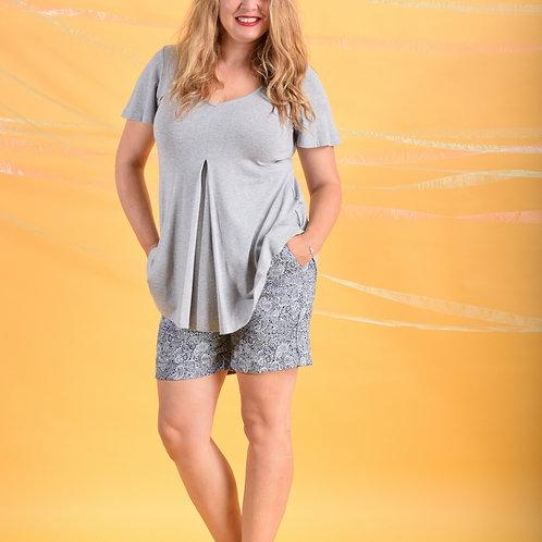 מכנסיים קצרים כחול דוגמא