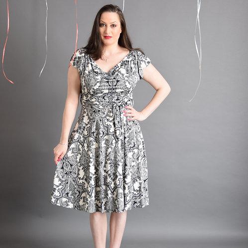 שמלת פריס שחור לבן דוגמא