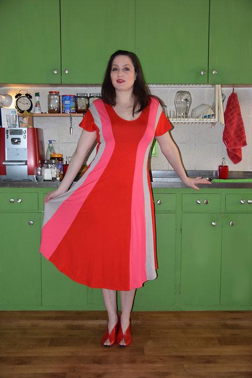 """שמלת """"שמש"""" אדום ורוד אפור"""
