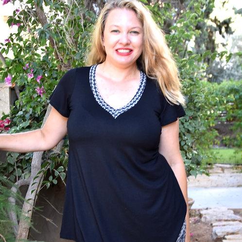 חולצת מאיה שחורה בשילוב אפור