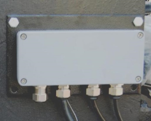 JUNCTION BOX 12 POSITIONS 4 GLANDS (ZRJ4-12)