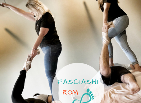 Learn How to Stretch Your Massage Clients