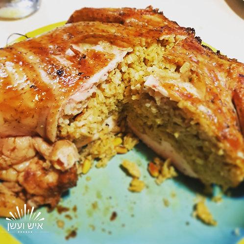 עוף במילוי אורז וצנוברים