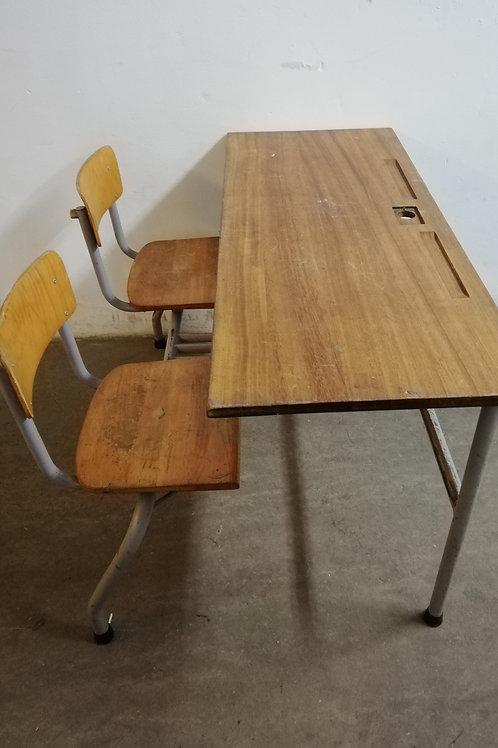 duo schoolbureau + stoelen