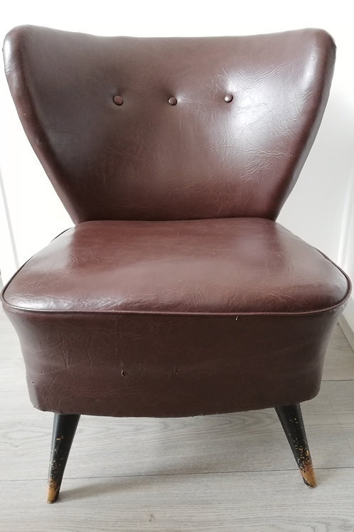 Lady's cocktail chair