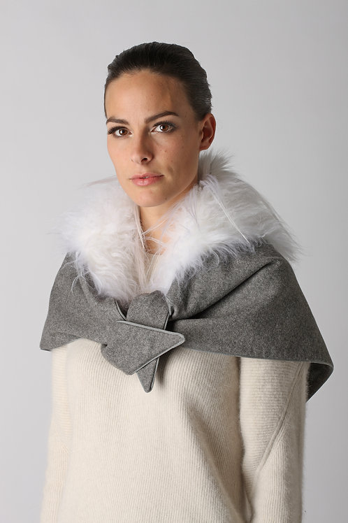 Scarf with fox and goat TU