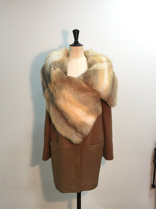 Coat with leather, cashmere and fox