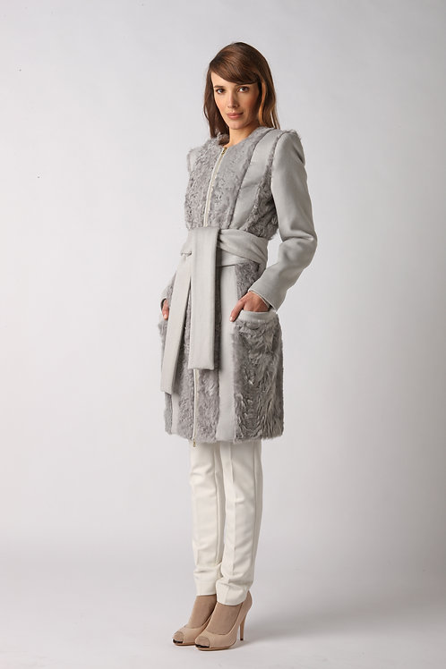 Coat withcashmere and lamb