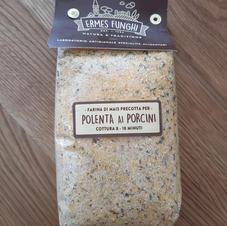 Polenta-Mischung mit Steinpilzen