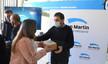 Fernando Moreira entregó medidores de dióxido de carbono a escuelas privadas