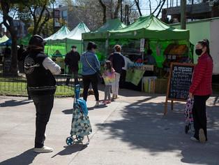 Ferias de alimentos en las plazas de San Isidro