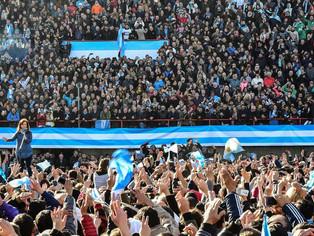 Cristina recrea el tercer movimiento nacional: cambio de época