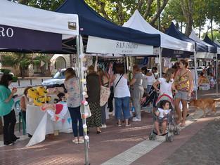 Expo Emprendedores en la Plaza de Martínez