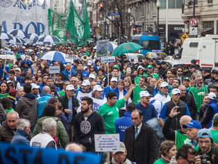 """ATE se movilizó contra el quite de pensiones y """"el robo a jubilados"""""""