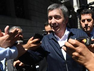 """La llegada de Máximo Kirchner alienta a los """"sin tierra"""""""