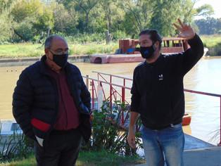 Cacenlo y el concejal Javier Parbst supervisaron las obras de la amarra municipal